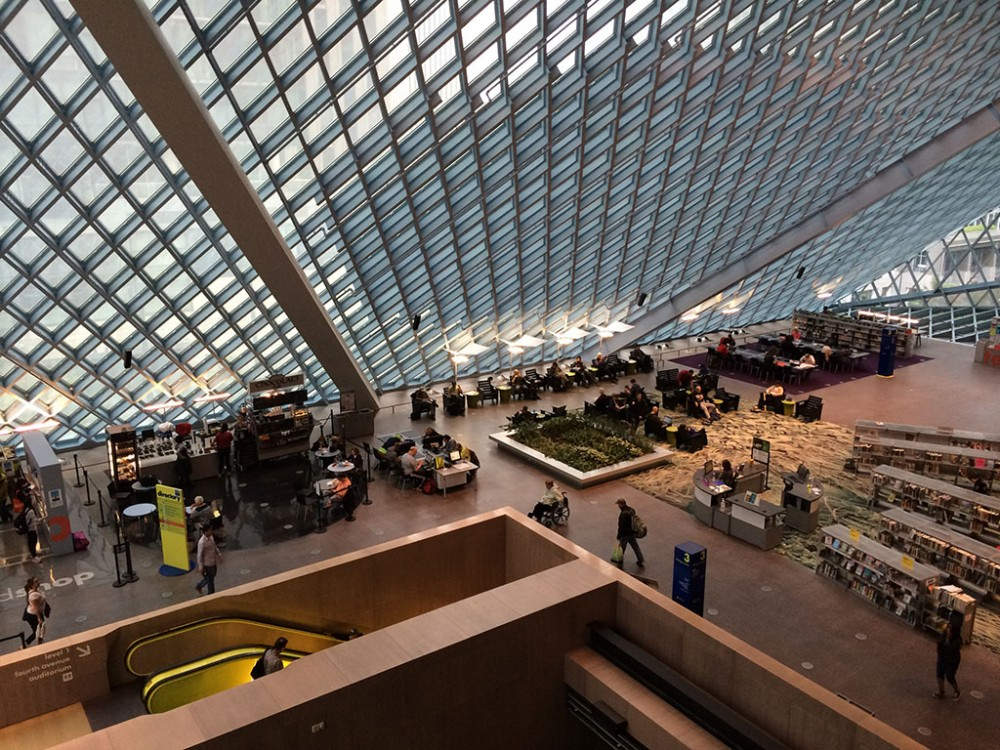 Seattle Central Library third floor reading room (photo by Liz Thelen-Torres, Gould Evans)