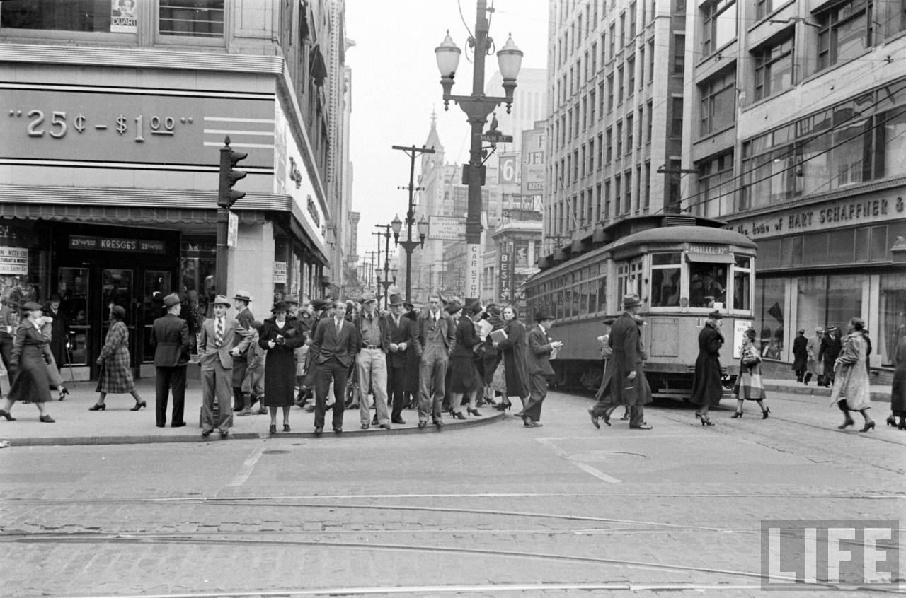B&W photos of KC in 1930